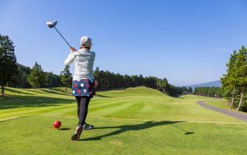 ゴルフの「スライス」の意味。どういう現象?
