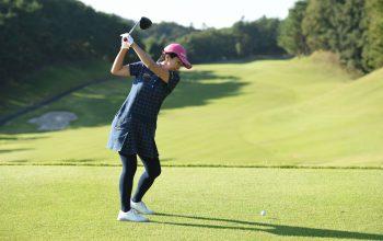 ゴルフの「ヘッドアップ」の原因と防止方法