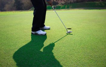 ゴルフのパットは呼吸が大切!?その理由とは?