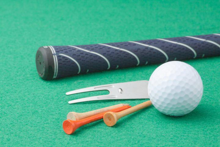夏のゴルフに必要な持ち物