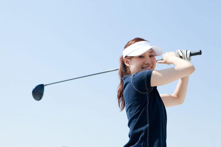 ゴルフ上達に背筋が重要